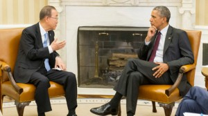 Sekretaris Jenderal PBB Ban Ki-moon dan Presiden AS Barack Obama hit pada tanggal 4 Agustus ruang oval rumah putih di Washington, DC Foto: Mark Garten / UN